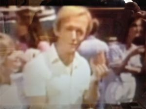 Paul Hogan with a shrimp in an Australian promotional ad shown in the US. from: http://www.youtube.com/watch?v=Xn_CPrCS8gs