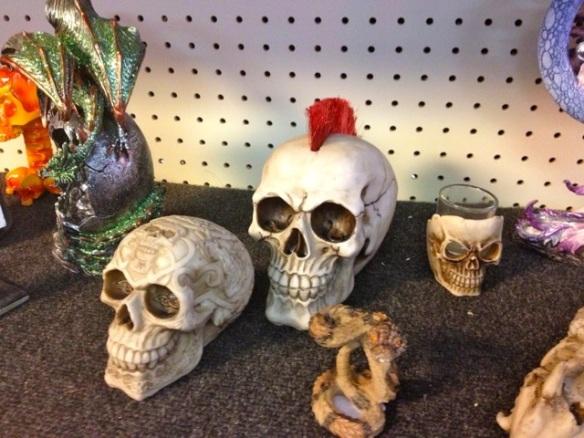 More skulls...