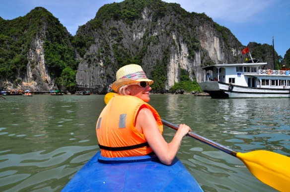 steph kayaking in Halong Bay