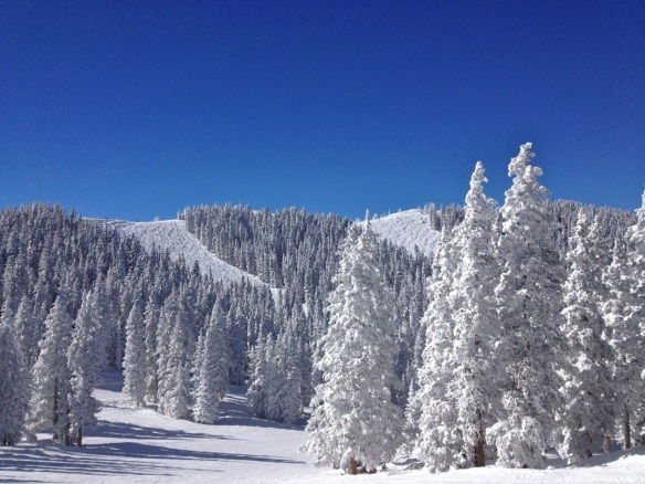 Monarch Mountain, looking all pretty and inviting....