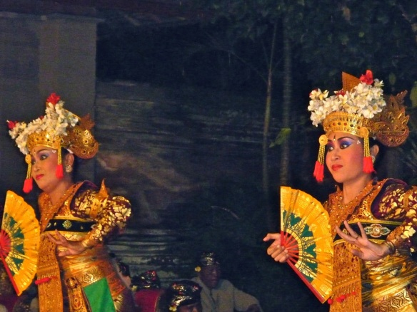 legong dancers gazing out