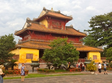hue imperial palace big building
