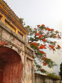 hue temple arch